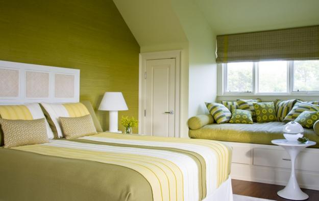 Bedroom Decorating With Pastel Green Colors