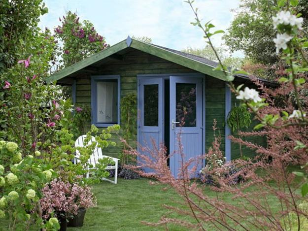 Summer House Ideas Interior >> Small Garden House Design And Interior Decorating Ideas For