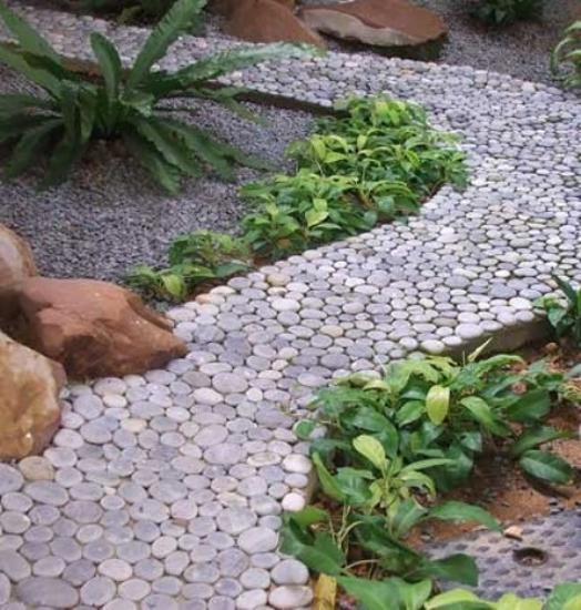 beautiful garden paths designed with stone pebbles