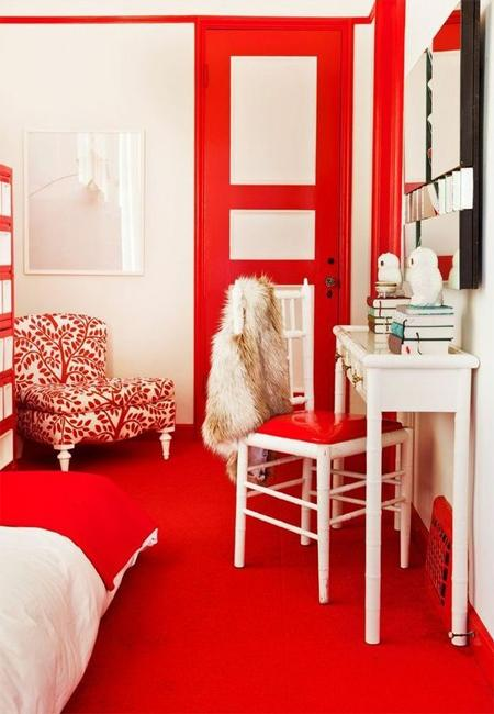 Bright Red And White Decorating Ideas For Modern Bedroom Decor