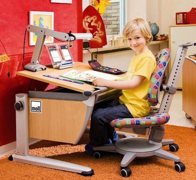 Student desks improving functionality of modern kids room - Desks for small rooms ...