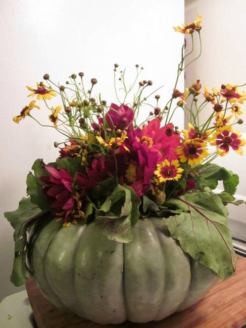 Beautiful Table Decorations And Centerpieces With Fall Flowers Creative Eco Friendly Decorating Ideas