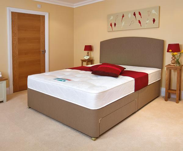 Modern Bed Headboard Ideas Bringing Chic Hotel Style into ...