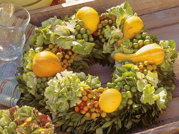 making wreaths with fall leaves for creative fall decorating