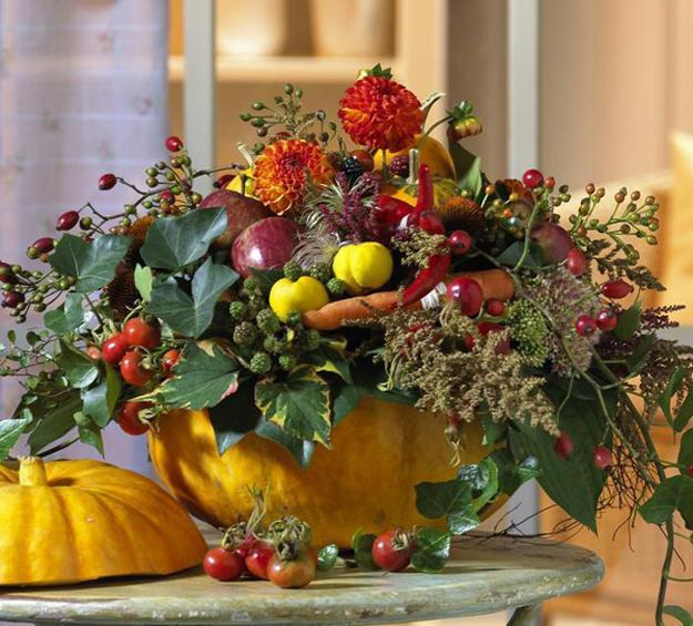Natural halloween and thanksgiving table centerpiece ideas