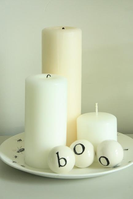 black and white decor ideas for halloween decoration
