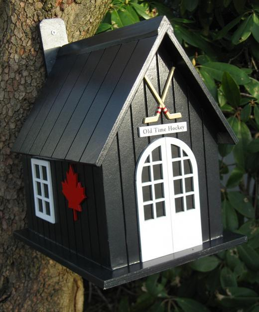 Salvaged Wood Birdhouse Designs Adding Beautiful Yard