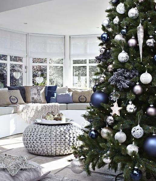 blue and white christmas decorating ideas combined with silver gray color tones and finish - Blue White Christmas Decorating Ideas