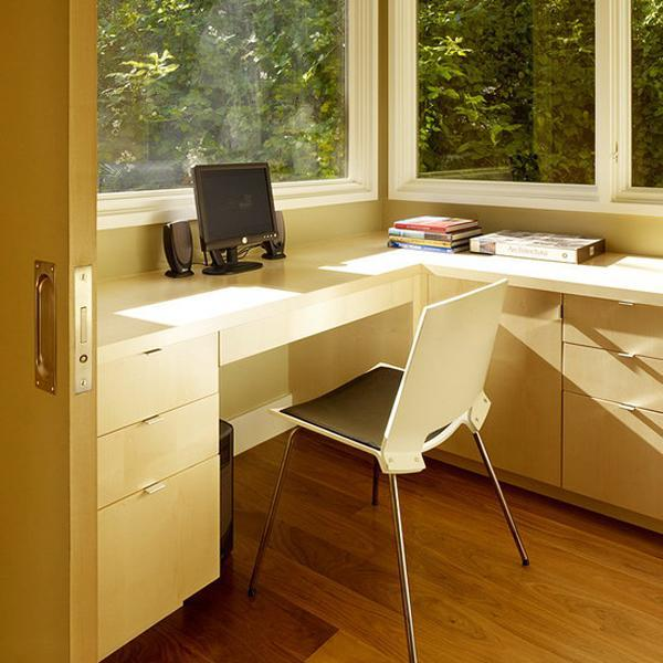 Space Saving Built In Office Furniture In Corners