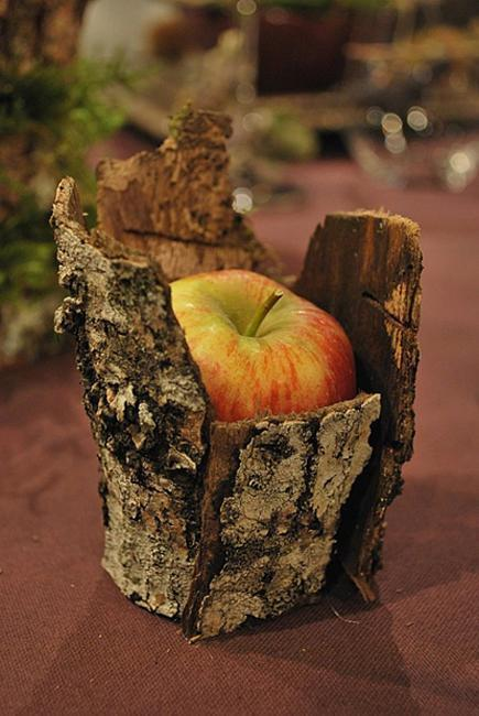 apples for thanksgiving decorating and candles centerpieces