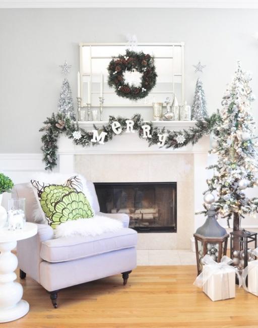 astounding black white christmas living room | Black and White Christmas Tree Decorating Ideas