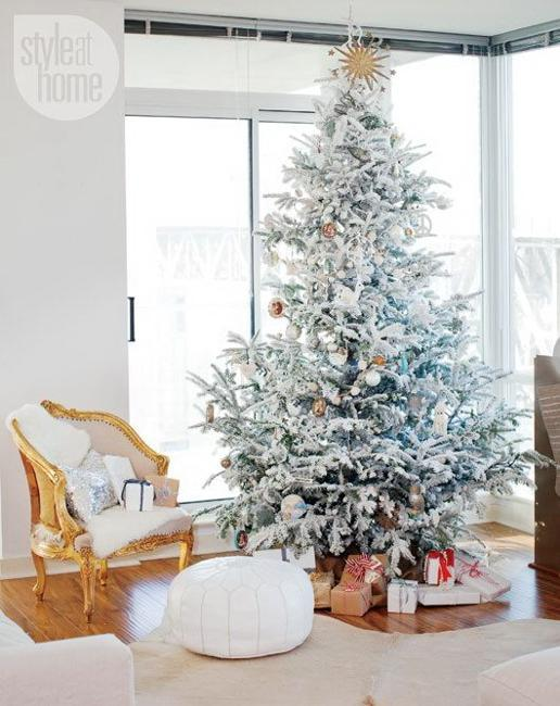 black and white christmas decor - White Christmas Tree Decoration Ideas