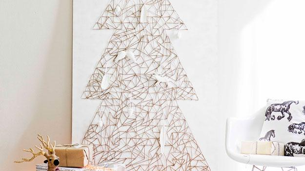 40 DIY Alternative Christmas Trees Adding Fun Wall ...