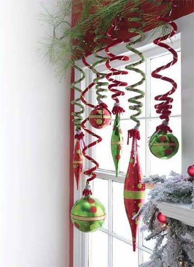 Ways to Reuse Christmas Ornaments and Crafts for New Years ...