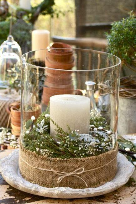 handmade christmas decorations and eco craft ideas candle holders made of small logs and decorated with pine cones