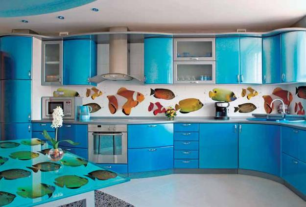 Colorful Glass Backsplash Ideas For Modern Kitchens