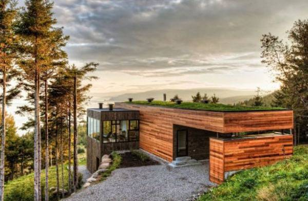Malbaie V Residence Modern House Design With Green Rooftop