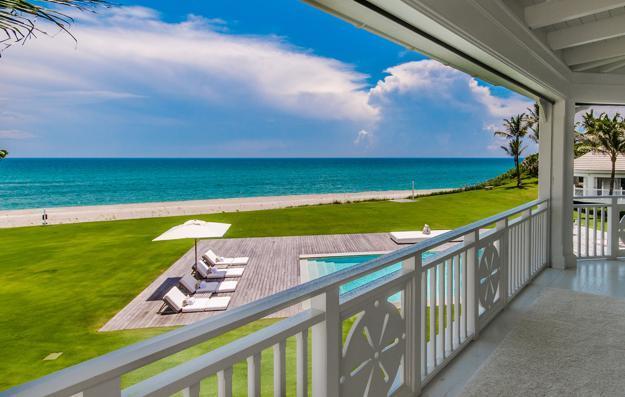 luxury home exterior design, outdoor swimming pool