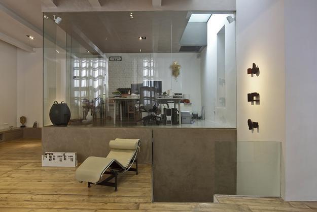 Modern Ideas Brighten up Loft Conversion Design with Glass Box Home ...