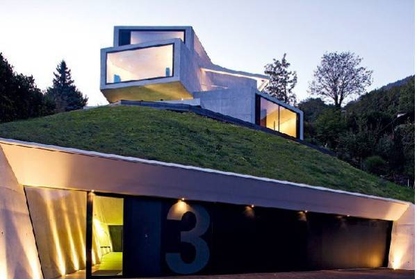 Modern Houses With Green Roof Designs Offering Eco