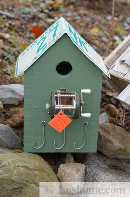 Recycling Ideas For Making Rustic Birdhouses From Salvaged
