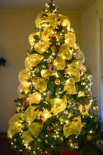 by ena russ last updated 23122013 - Yellow Christmas Decorations