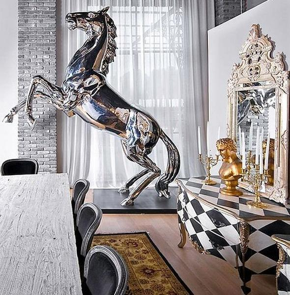 modern interior decorating with horse images
