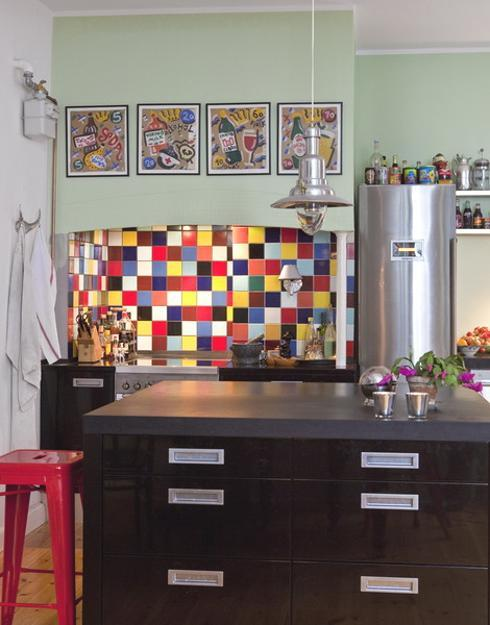 Modern wall tiles for kitchen backsplashes popular tiled for Kitchen feature wall ideas