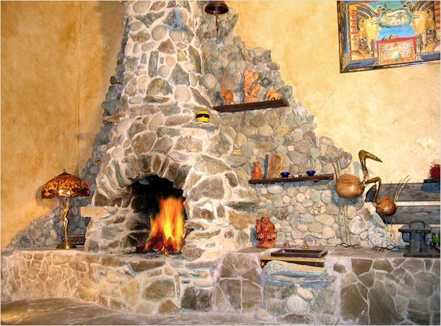Fireplace Mantel Christmas Decoration