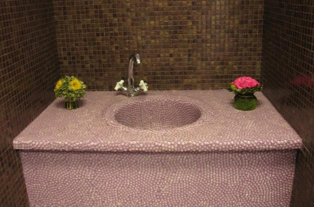 Mosaic Patterns For Bathrooms: Beautiful Bathroom Sinks Decorated With Mosaic Tiles
