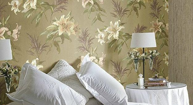 Modern Wallpaper Combinations For Interior Decorating With Flowers And 3d Damask Patterns