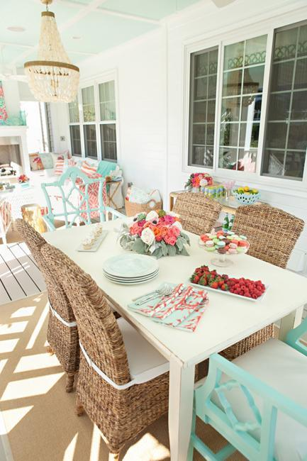 outdoor rooms, dining table and chairs, table decoration