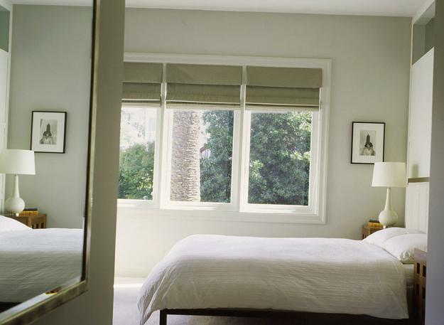 20 roman shades and curtain ideas creating beautiful for Shades for bedroom windows
