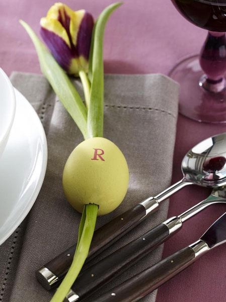 table decorations and centerpieces with flowers, recycling egg shells and craft ideas