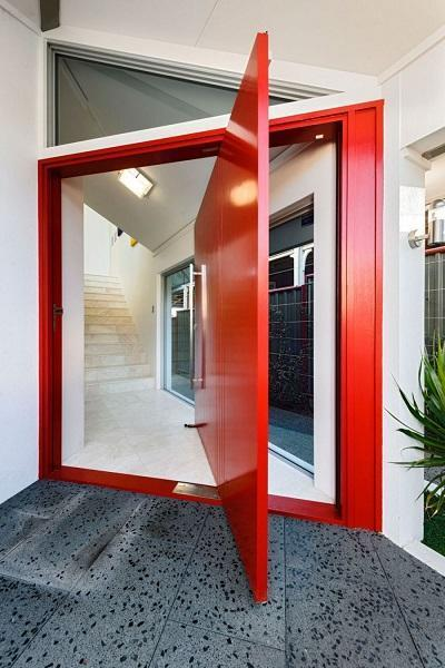 Front Door Decoration With Red Colors