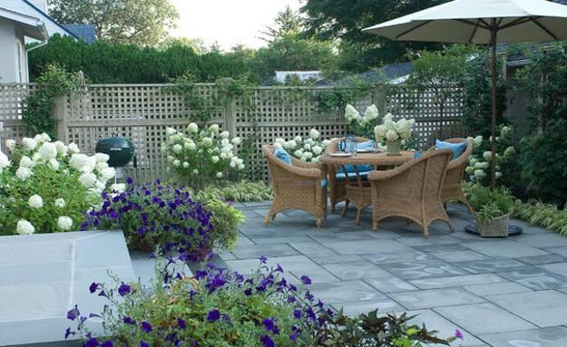 Garden Stone Wall Flower Beds