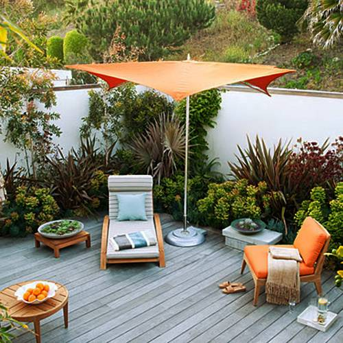 Small Garden Designs: 15 Small Backyard Designs Efficiently Using Small Spaces