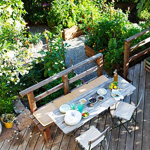 Small Backyard Ideas Design: 15 Small Backyard Designs Efficiently Using Small Spaces