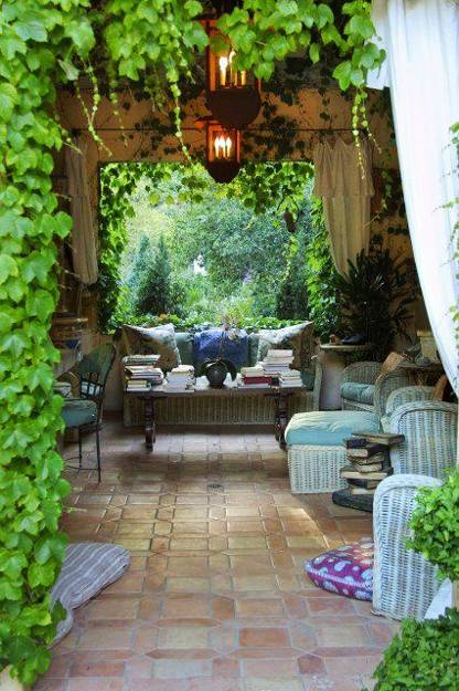Summer Party Decorations: 15 Beautiful Metal Or Wooden Gazebo Designs And Garden