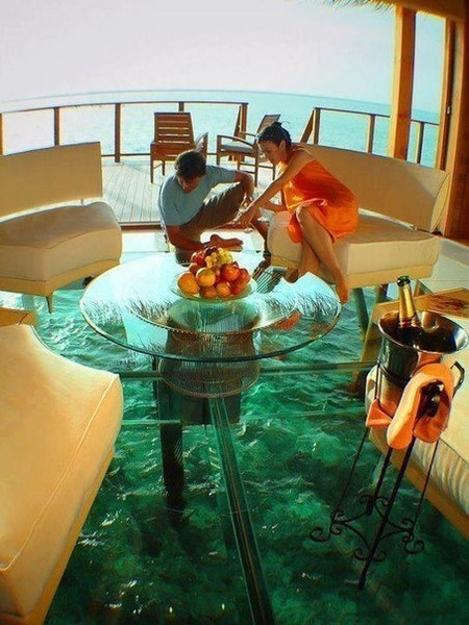 design and decorating with glass floors