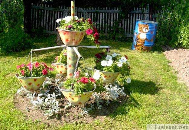 22 Unusual Containers With Flowers To Add Fun To Summer Backyard