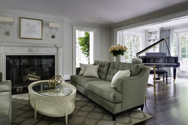 Decorating Ideas Unique Living Rooms: Old Colonial Home Redesign For Unique, Bright And Modern House