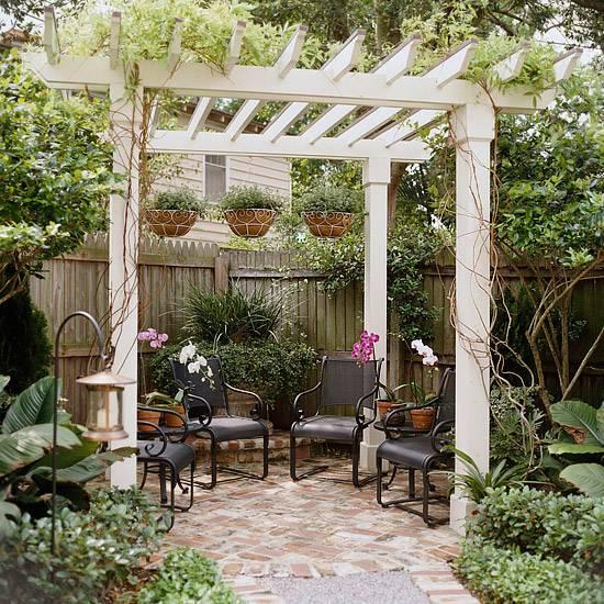 Small Backyard Pergola: 22 Beautiful Garden Design Ideas, Wooden Pergolas And