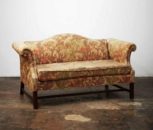 Creative Ways To Reuse And Recycle Old Sofas