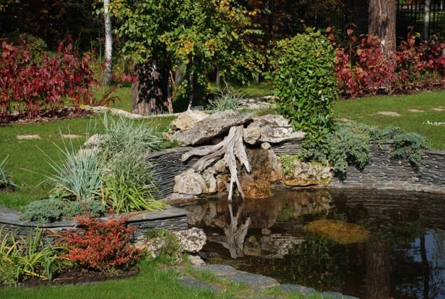 48 Root Artworks And Yard Decorations Bringing Natural Splendor Into Gorgeous Landscape Garden Design Decor