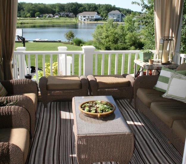 Colorful Outdoor Rooms: Outdoor Home Decor With Striped Rugs, 12 Beautiful Outdoor