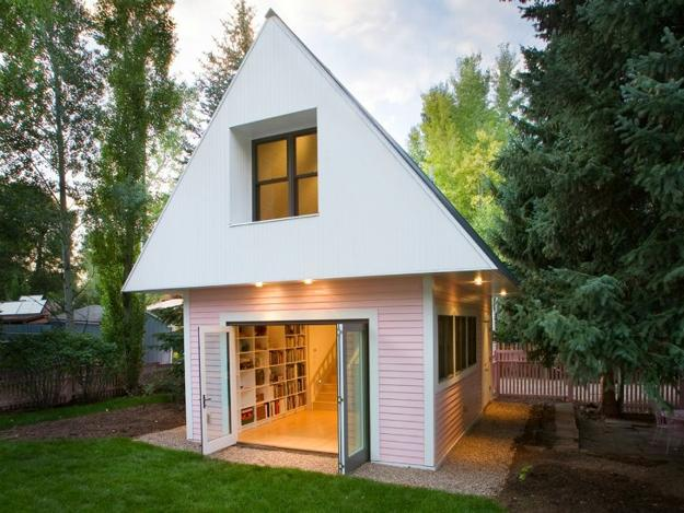 Design For Small House: Cute Small House Designs With Gable Roofs And Triangular A