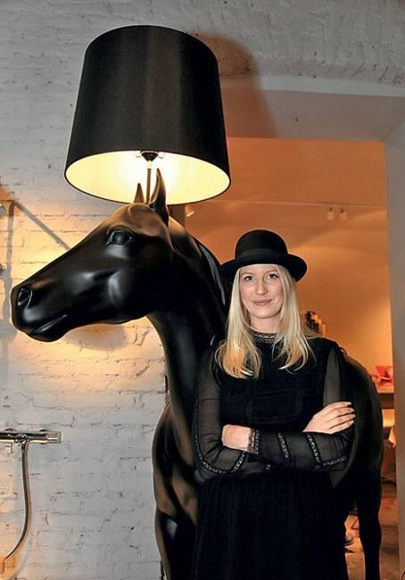 designer lighting fixtures, floor lamp with black horse