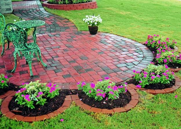15 Spectacular Yard Landscaping Ideas And Flower Beds With Paver Borders