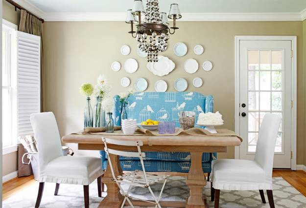 Colorful Creative And Modern Dining Room Decorating With Chairs In Red Blue Colors